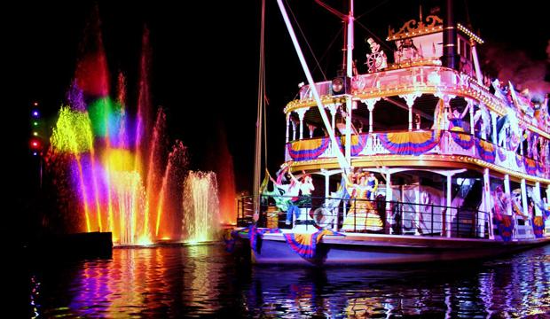Disneyland-Fireworks-05